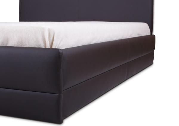 Тапицирано легло Толедо